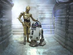 Droidi ve Hvězdných válkách zvládnou leccos, živé bytosti jsou tam ale stále nenahraditelné. Kredit: Lucasfilm.