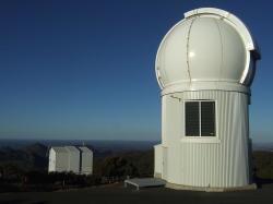 Teleskop SkyMapper, Siding Spring Observatory. Kredit: Iridia / Wikimedia Commons.
