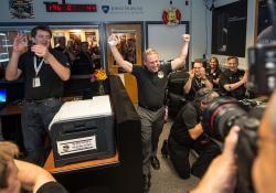 New Horizons to dokázala a spolu s ní i celý vědecký tým. Zdroj:. http://spaceflightnow.com/