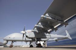 Mohutný dvoumotorový dron Aksungur. Kredit: Turkish Aerospace.