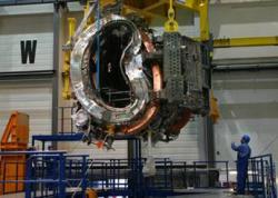 Budování stellarátoru Wendelstein 7-X už značně pokročilo(zdroj IPP).