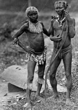 Andamanci na snímku z roku 1875. Kredit: Pitt Rivers Museum, Oxford.