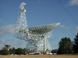 Radioteleskop Green Bank. Kredit: NRAO, NSF.