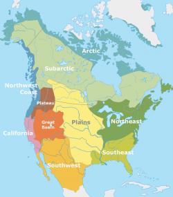 Přibližné rozdělení kulturních okruhů severoamerického území před příchodem evropských mořeplavců na přelomu 15. a 16. století. Původní obyvatelé dobře znali zkameněliny vyhynulých živočichů od budoucího Texasu a Nového Mexika až po kanadskou Britskou Kolumbii. Kredit: Nikater, Wikipedie