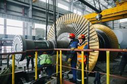 Montáž turbíny bloku Novovoroněž 7 (zdroj Novovoroněžská elektrána/Rosenergoatom).