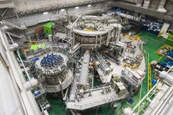 Supravodivý tokamak KSTAR. Kredit: National Research Council of Science & Technology.
