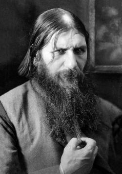 Grigorij Jefimovič Rasputin. Tiež skončil rukou vraha. Kredit: Wikimedia Commons. Volné dílo.