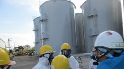Nádrže pro skladování vody s tritiem ve Fukušimě I (zdroj TEPCO).