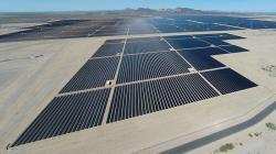 Solární park Auga Caliete s výkonem 290 MW patří k těm největším (zdroj Center for Land Use Interpretation, 2014)
