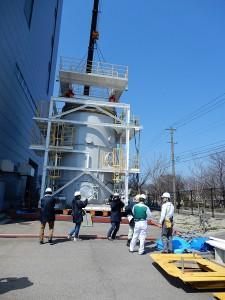 Testovací model části kontejnmentu v reálné velikosti pro zkoušky různých možností prací při likvidaci zničených reaktorů (zdroj IRID).