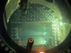 V prosinci se postupně do aktivní zóny nového reaktoru Watts Bar 2 zavezly palivové soubory (zdroj TVA).