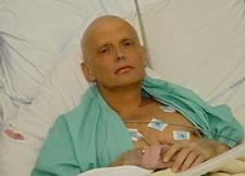 Litviněnko krátce před smrtí. Kredit: El Mundo / Wikimedia Commons.