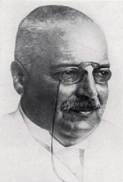 Alois Alzheimer (1864 - 1915), profesor psychiatrie, neuropatológ