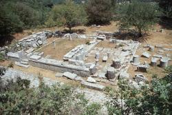 Výhled na chrám Despoiny. Kredit: Zde, Wikimedia Commons.