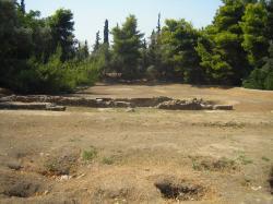 Trosky Platónovy Akadémie. Kredit: Tomisti, Wikimedia Commons.