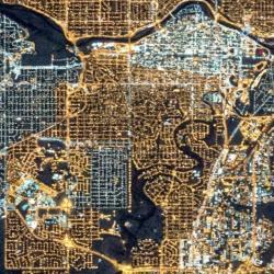 Calgary vnoci, říjen 2015. Kredit: NASA's Earth Observatory/Kyba, GFZ.