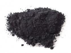 """Barvivo """"Carbon black"""" má vysoký podíl potenciálně karcinogenních polycyklických aromatických uhlovodíků.  (Kredit:  Wikipedia, volné dílo)"""