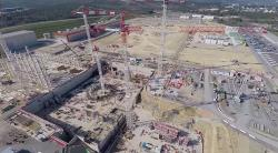 Staveniště ITER, duben 2015. Kredit: ITER.