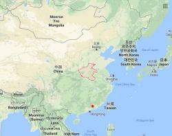 Lokalita Che-jüan v  jihovýchodníČíně (označena červenou tečkou) - místo nálezu dvacetikilového teropoda Heyuannia huangi s jeho nazelenalými vejci.  Zhruba ve stejné době, jen o něco severněji (provincii Henan), nakladla svá vejce příbuzná dinosauřice Beibeilong. Ta si ale musela dávat velký pozor, aby své ratolesti  svými třemi tunami živé váhy nechtěně nepřilehla.