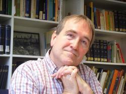 Chris Stringer, před třiceti lety Čedarského muže objevil. Dnes je hostujícím profesorem na University College London a vedoucím projektu výzkumu Čedarského muže. Natural History Museum. Foto: Gerbil, Wikipedia