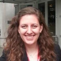 Christina M. Bailey-Hytholt, první autorka studie. Kredit: Brown Univ.