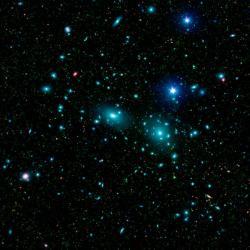 Kupa ve Vlasech Bereniky. Kredit: NASA / JPL-Caltech / L. Jenkins (GSFC).