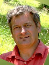 Daniel Robert, zastánce  komunikace světa rostlin a hmyzu prostřednictvím elektrického pole. (Kredit: University of Bristol)