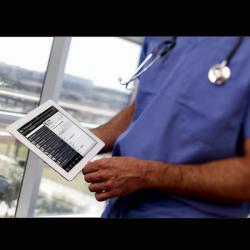 Zpracují lékařské poznámky umělé inteligence? Kredit: NEC Corporation of America / Flickr.