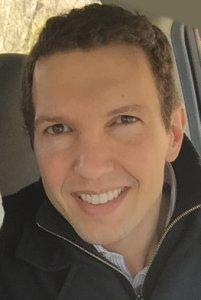 Douglas J. Blackiston, první autor publikace, zaměstnanec Allen Discovery Center, Tufts University, Medford, MA,USA.