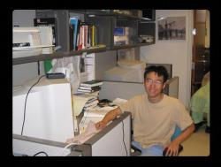 """Heping Zheng, první autor publikace, dostal přezdívku """"harpunář"""". Kredit: University of Virginia"""
