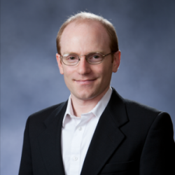 Ethan Lieber, ekonom, University of Notre Dame. Kredit: University of Notre Dame. https://economics.nd.edu/faculty/ethan-lieber/