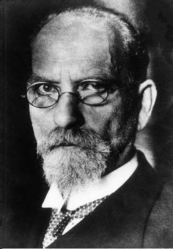 Edmund Husserl roku 1910. Nestřídmější z Galileiho kritiků. Kredit: Photo by Mondadori via Getty Images via Wikimedia Commons.