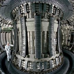 Britský fúzní reaktor JET. Kredit: Eurofusion.
