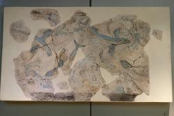 Létající ryby, fragment nástěnné malby. Fylakopi III/1. Národní archeologické muzeum v Athénách, 5844. Kredit: Zde, Wikimedia Commons.