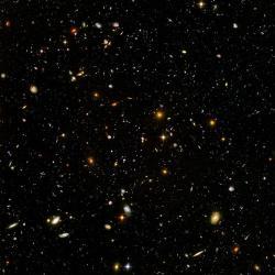 Jsou tam někde chameleoni? Kredit: NASA & ESA.
