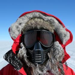 Jak se dělá věda na Observatoři IceCube. Kredit: Christian Krueger, IceCube / NSF.