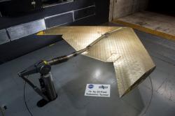 Rozměry prototypu byly voleny tak, aby se vešel do vysokorychlostního aerodynamického tunelu NASA ve výzkumném středisku Langley Research Center. Podle tvůrců se chovalo ještě lépe, než předpokládali. Kredit: Kenny Cheung, NASA Ames Research Center