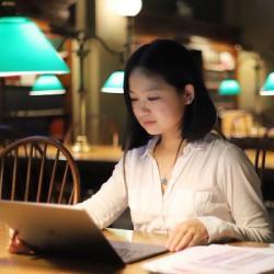 Jiao Sima, první autorka publikace s objevem rozhodujícího elementu procesu replikace. Kredit: FSU.