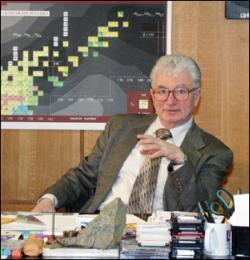 Jurij Oganesjan je průkopníkem zkoumání supertěžkých prvků (zdroj SÚJV Dubna).