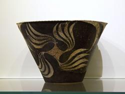 Kamarská keramika z Faistu, asi 1800-1700 před n. l. Kredit: Zde, Wikimedia Commons.