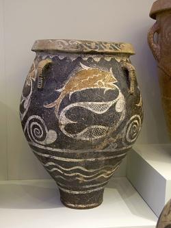 Menší pithos v kamarském stylu, ryby ulovené v síti. Faistos, 1800-1700 před n. l. Kredit: Zde, Wikimedia Commons.