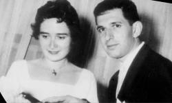 Eric R. Kandel, americký psycholog rakouského původu se svou manželkou před 59 lety.