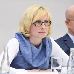Kateřina Konečná, poslankyní Evropského parlamentu se opět stala 1. července 2014. Foto: David Sedlecký, Wikipedie