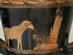 Beránek u arkadského oltáříku s hermovkou Herma, 450 před n. l. Altes Museum Berlin, F 3011. Kredit: Zde, Wikimedia Commons.