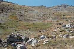 Nad pramenem, skoro 2000 m. Kredit: Zde, Wikimedia Commons.