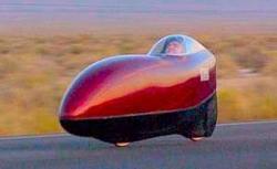 Sam Whittingham na stroji Varna Diabolo už v roce 2008 dosáhl rychlosti 132,5km/h. (Kredit: IHPVA)