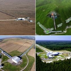 Gravitační observatoře: Vlevo nahoře LIGO Hanford, vpravo nahoře japonská KAGRA, vlevo dole LIGO Livingston a vpravo dole Virgo. Kredit: ICRR, Univ. of Tokyo/LIGO Lab/Caltech/MIT/Virgo Collaboration.
