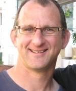 Martin J. Van Kranendonk, specialista na archeo tectoniku a geodynamiku, vedoucí objevitelského týmu. (Kredit: USNW)