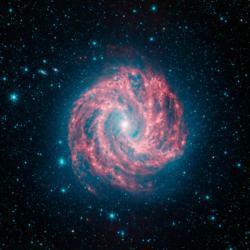 Galaxie Messier 83 na snímku teleskopu Spitzer. Kredit. NASA/JPL-Caltech.