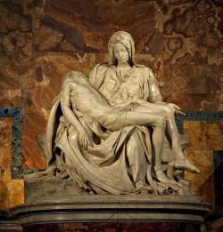 Michelangelova Pieta (1499), křesťanský ideál nesmrtelnosti. Foto: Stanislav Traykov, Wikipedia)